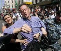 Moscow_pride_07_tatchells_arrest