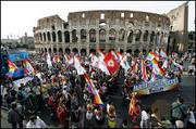 Rome_pride_07_coliseum