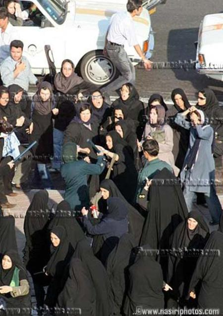 Tehran_womens_demo_1